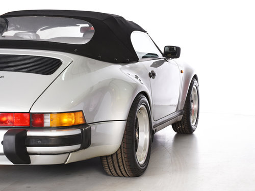 Porsche 911 1989 Speedster LHD 3.2L  Wanted (picture 6 of 6)