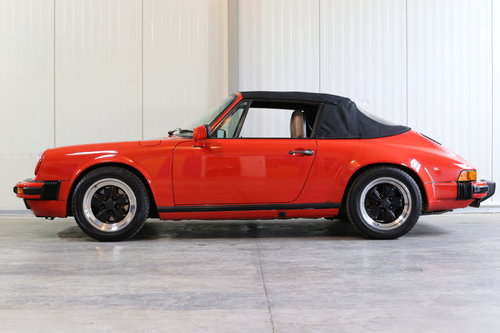 Sensibly priced 1986 Porsche 911 Carrera 3.2 Cabriolet  SOLD (picture 5 of 6)