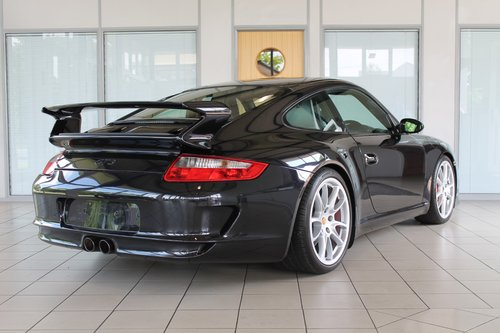 2007/07 Porsche 911 (997) 3.6 GT3 - 14,500 Miles SOLD (picture 2 of 6)