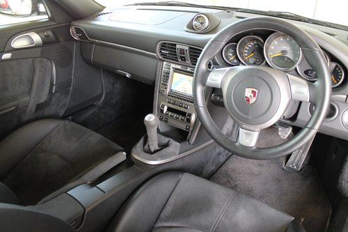 2007/07 Porsche 911 (997) 3.6 GT3 - 14,500 Miles SOLD (picture 5 of 6)