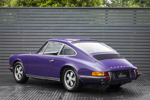 1972 Porsche 911 T 2.4 Coupe  SOLD (picture 2 of 6)