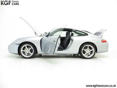 2003 An Exceptional Porsche 996 911 Carrera 2 Coupe SOLD (picture 3 of 6)