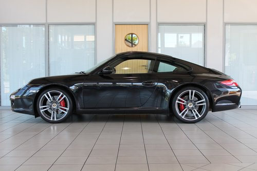 2011/11 Porsche 911 (997) 3.8 C2'S' PDK Coupe SOLD (picture 3 of 6)