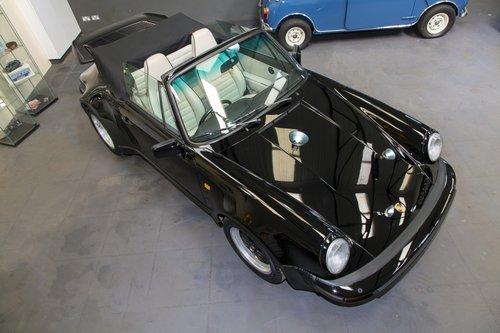 1989 Porsche 911 Carrera 3.2 Super Sport Convertible For Sale (picture 2 of 6)