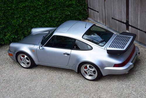 1993 Stunning Porsche 911 Turbo 3.6 (LHD) For Sale (picture 3 of 6)