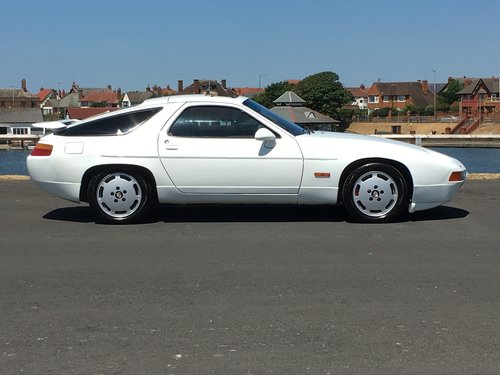 1988 PORSCHE 928 S4 5.0 V8. ONLY 89,000 MILES For Sale (picture 2 of 6)