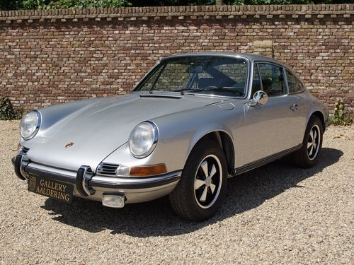 1971 Porsche 911 2.2 S TOP restored condition, only 1.430 made! For Sale (picture 1 of 6)