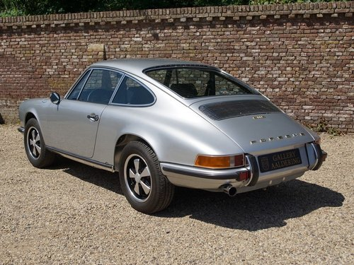 1971 Porsche 911 2.2 S TOP restored condition, only 1.430 made! For Sale (picture 2 of 6)