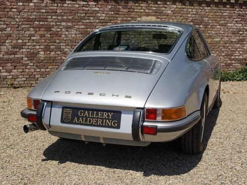 1971 Porsche 911 2.2 S TOP restored condition, only 1.430 made! For Sale (picture 6 of 6)