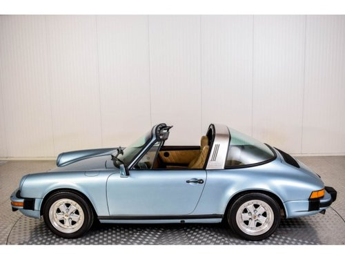 1982 Porsche 911 3.0 SC Targa For Sale (picture 3 of 6)