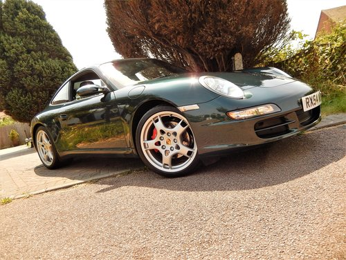 2004 IMMACULATE 997 C2S 3.8 manual -- LOW MILEAGE SOLD (picture 3 of 6)
