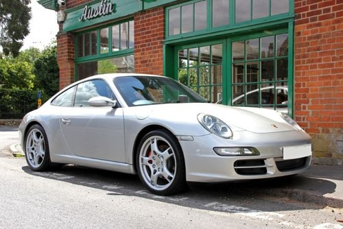 2004 Porsche 911 C2S Coupe Manual  SOLD (picture 2 of 4)