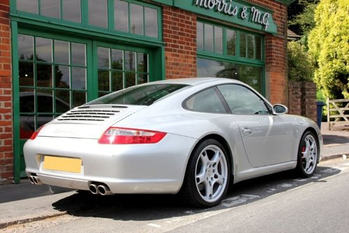 2004 Porsche 911 C2S Coupe Manual  SOLD (picture 3 of 4)