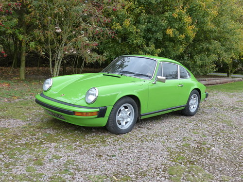 Porsche 911 2.7 Coupe LHD 1974 Lime green For Sale (picture 1 of 6)