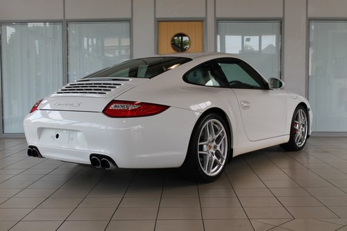 2009/09 Porsche 911 (997) Gen 2 3.8 C2S Manual Coupe SOLD (picture 2 of 6)