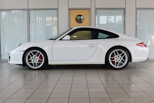 2009/09 Porsche 911 (997) Gen 2 3.8 C2S Manual Coupe SOLD (picture 3 of 6)