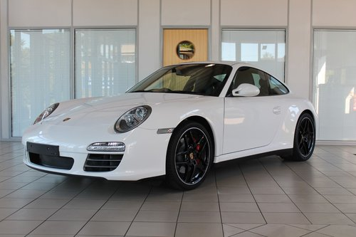 2010/10 Porsche 911 (997) 3.8 C4S PDK Cupe SOLD (picture 1 of 6)