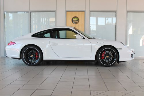 2010/10 Porsche 911 (997) 3.8 C4S PDK Cupe SOLD (picture 4 of 6)