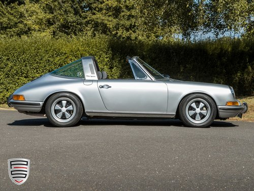 1972 Porsche 911 2.4E Targa For Sale (picture 1 of 6)