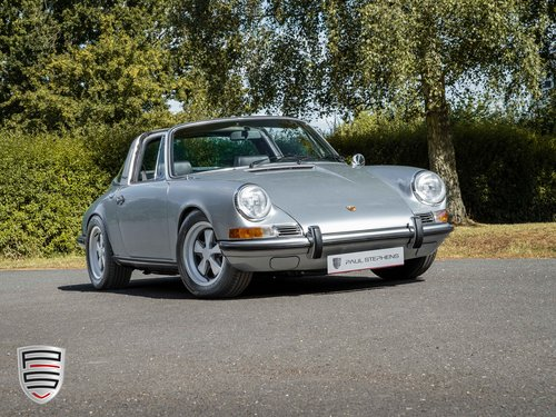 1972 Porsche 911 2.4E Targa For Sale (picture 2 of 6)