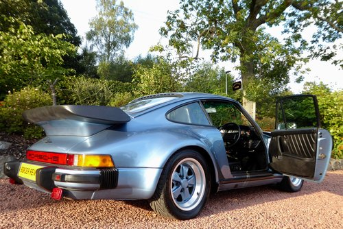 1985 Porsche 911-930 Turbo Superb Condition SOLD (picture 3 of 6)