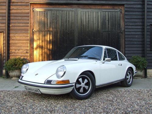 1971 Porsche 911T 2.2  For Sale (picture 1 of 6)