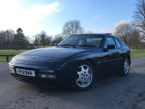 1987 Porsche 944 Turbo For Sale (picture 1 of 4)