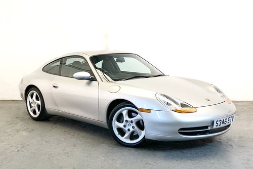 Porsche 996 Carrera with rare Sport Package. 1998 SOLD (picture 1 of 6)