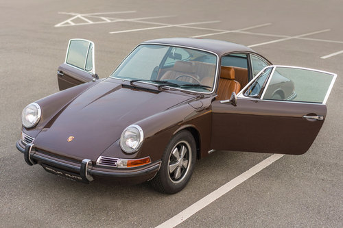 1968 Porsche 911 SWB Coupé bare metal restored For Sale (picture 2 of 6)