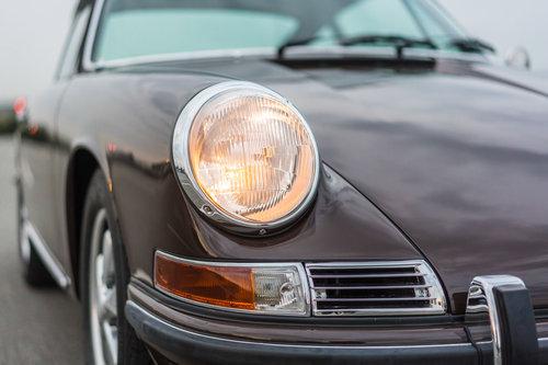 1968 Porsche 911 SWB Coupé bare metal restored For Sale (picture 3 of 6)