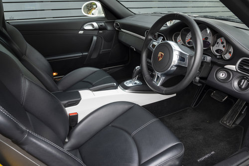 2012 PORSCHE 997 Turbo S Coupe (GEN II) For Sale (picture 4 of 6)