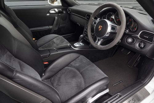 2011 PORSCHE 997 GTS COUPE PDK ONLY 18400 Miles For Sale (picture 4 of 6)