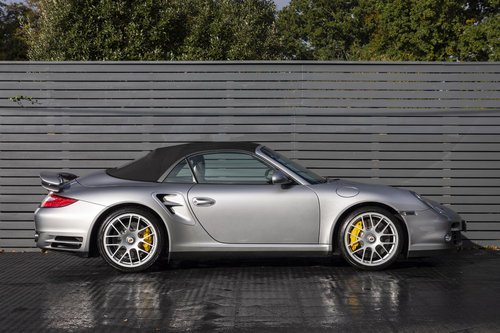 2010 Porsche 997 Turbo S Cabriolet  ONLY 1700 MILES For Sale (picture 3 of 6)