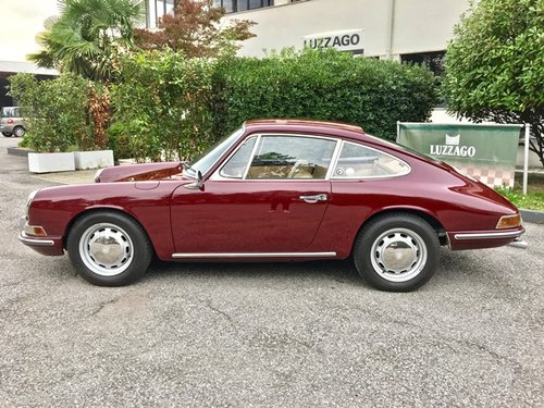 1968 PORSCHE 912 COUPE' RESTORED WITH PORSCHE HERITAGE SOLD (picture 2 of 6)