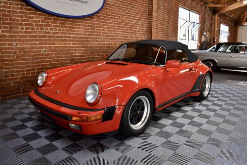 1989 Porsche 911 Speedster SOLD (picture 2 of 6)