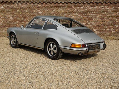 1969 PORSCHE 911 2.0 T LWB COUPE ONE OF THE VERY FIRST PRODUCTIO  For Sale (picture 2 of 6)