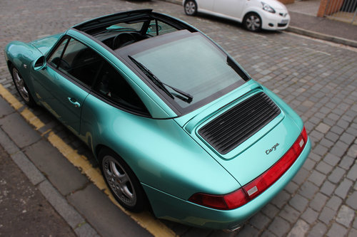 1997 Porsche 911 3.6 993 Targa 2dr FULL PORSCHE HISTORY For Sale (picture 3 of 6)