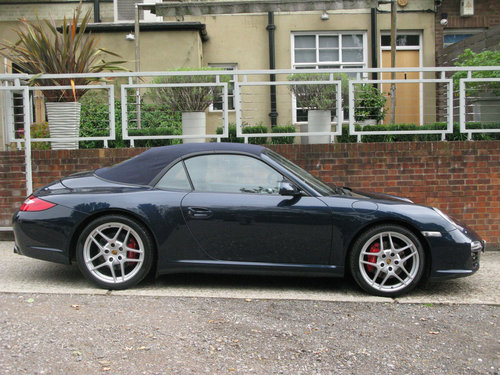 2010 PORSCHE  911 (997) GEN II C2S Cab PDK Chrono Paddleshift For Sale (picture 3 of 6)
