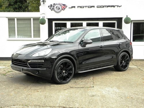 2012 Porsche Cayenne 3.0 Diesel Tiptronic S finished in Jet Black SOLD (picture 1 of 6)