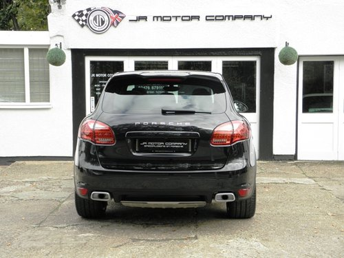2012 Porsche Cayenne 3.0 Diesel Tiptronic S finished in Jet Black SOLD (picture 4 of 6)