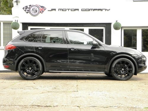 2012 Porsche Cayenne 3.0 Diesel Tiptronic S finished in Jet Black SOLD (picture 6 of 6)
