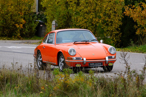 911T SWB LHD, early ice racing history, restored For Sale (picture 1 of 6)