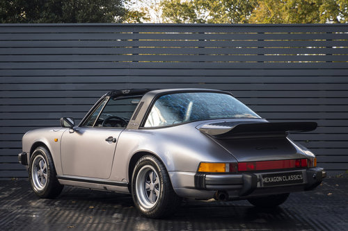 1988 PORSCHE 911 3.2 TARGA JUBILEE EDITION LHD For Sale (picture 2 of 6)