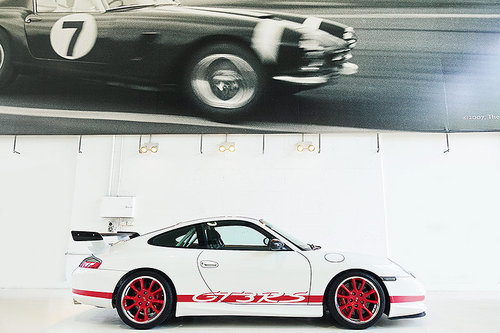 2004 one of only 140 RHD 996 GT3 RS, immaculate, low kms For Sale (picture 3 of 6)
