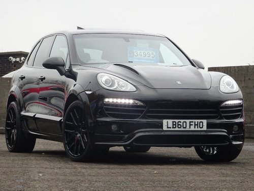 2011 Porsche Cayenne 3.0 V6 S Tiptronic S AWD 5dr HUGE SPEC + FUL For Sale (picture 1 of 6)