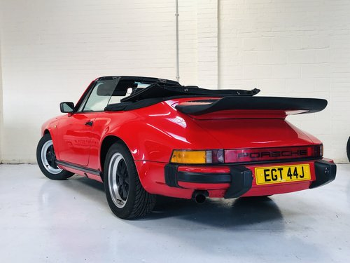 1970 PORSCHE 911 CONVERTIBLE - GUARDS RED 3.2 - SUPER VALUE SOLD (picture 4 of 6)