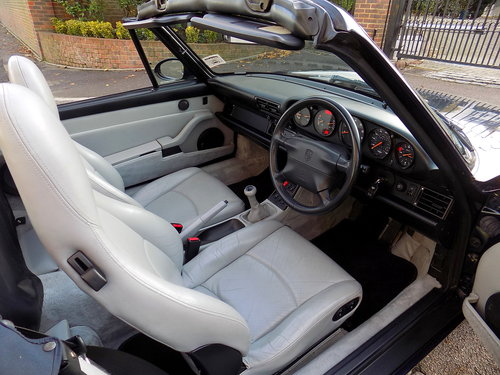 1997 Porsche 911 (993) Carrera 2 (Varioram) Cabriolet  For Sale (picture 4 of 6)