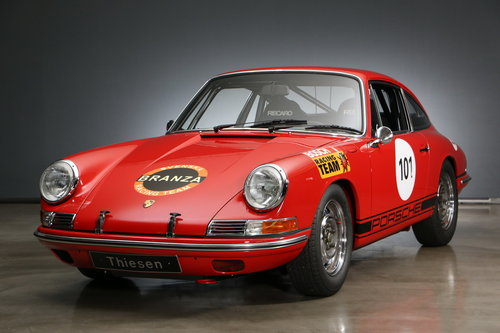 1965 Porsche 911 2.0 Coupé Racecar For Sale (picture 1 of 6)