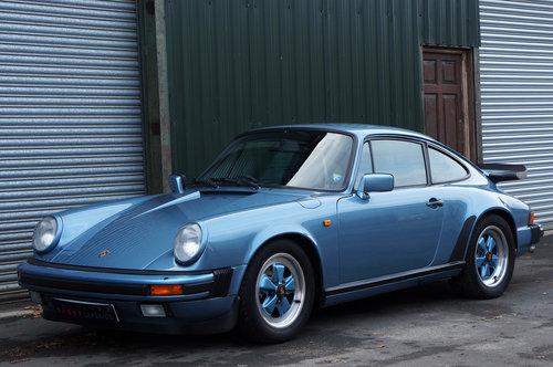 1985 Porsche 911 3.2 Carrera Coupe, Iris Blue, Leather, FSH. For Sale (picture 3 of 6)