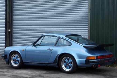 1985 Porsche 911 3.2 Carrera Coupe, Iris Blue, Leather, FSH. For Sale (picture 4 of 6)